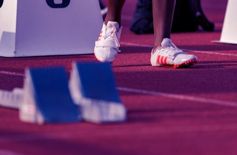 Top 6 Tips for Choosing Athletic Shoes